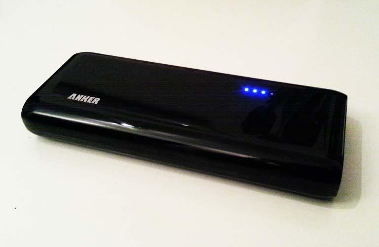 Externer Akku für Smartphone, Tablet, Mp3-Player
